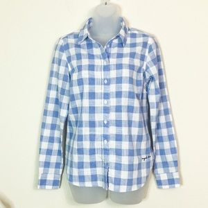 Evy's tree button up top